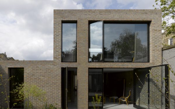 Feature image for 16A Kings Grove by Duggan Morris Architects